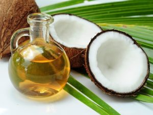 Coconut-and-Coconut-Oil-1020x765